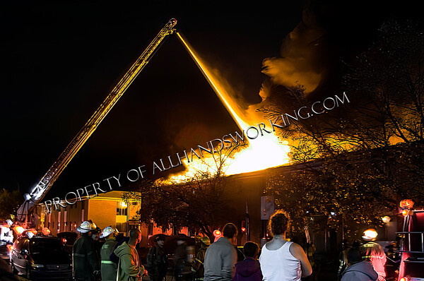 Detroit Second Alarm 18980 Fenton St.