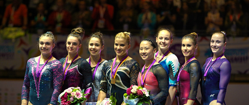 Pauline SCHÄFER (GER), Elisabeth SEITZ (GER), Kim BUI (GER), Amelie FOELLINGER (GER), Michelle TIMM (GER); Deutsche Turnmeisterschaften Mehrkampf Damen Finale in, Berlin, Germany; 04.06.17, Photo: Jan von Uxkull-Gyllenband