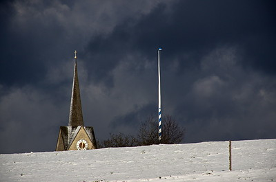 Peretshofen, Mariä Namen + Maibaum