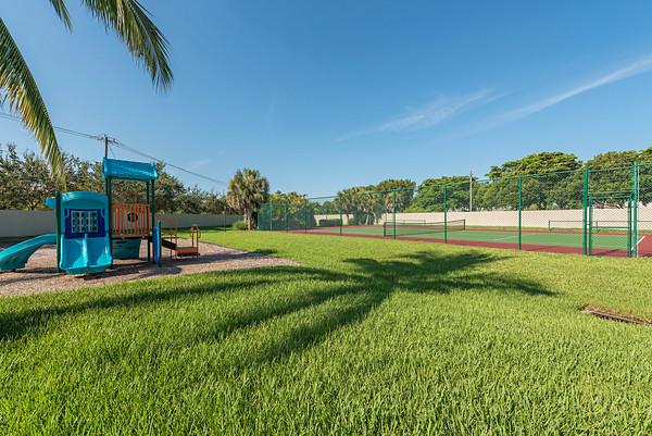 Playground - Tennis