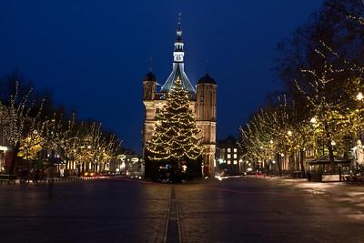 Brink en museum De Waag tijdens de kerstdagen