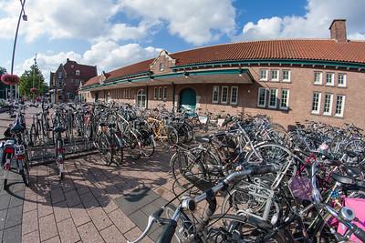 Augustus 2010 - fietsenstalling Stationsplein