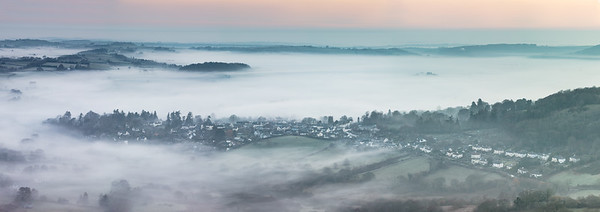 Misty morning at Chagford (Pano)