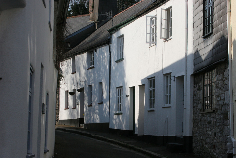 Narrow streets and sunlit cottages