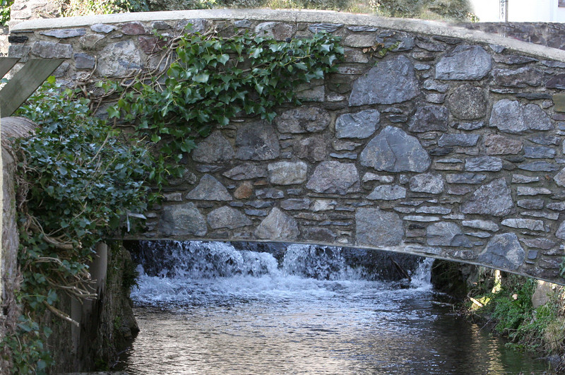 A constant flow of water streams from the moor through the village.