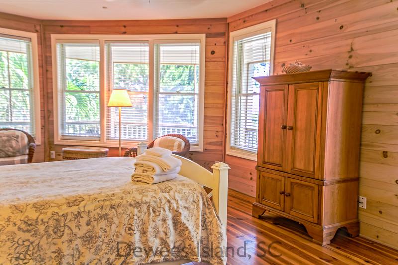 master bedroom at 371 Pelican Flight, Dewees Island