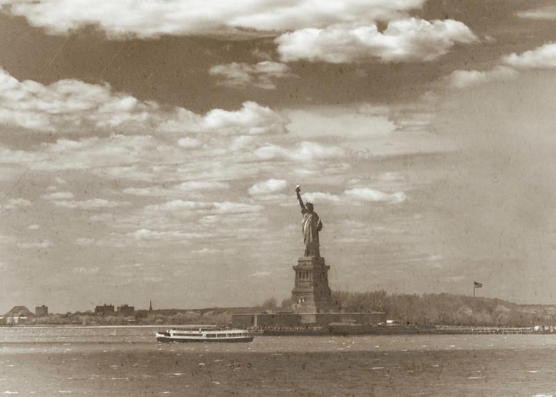 rteest42 - Lady Liberty