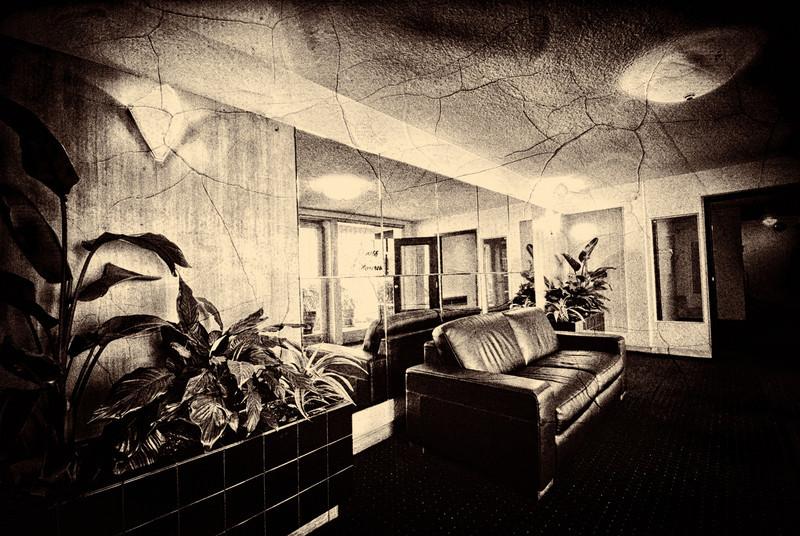 Slipadaro - The Lobby