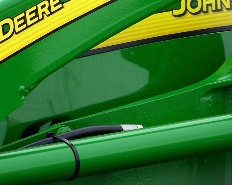 dnie - John Deere Green