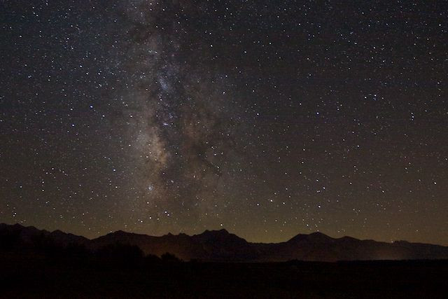 pixelsilver - Milky Way spilling over the Glass Mountain Range