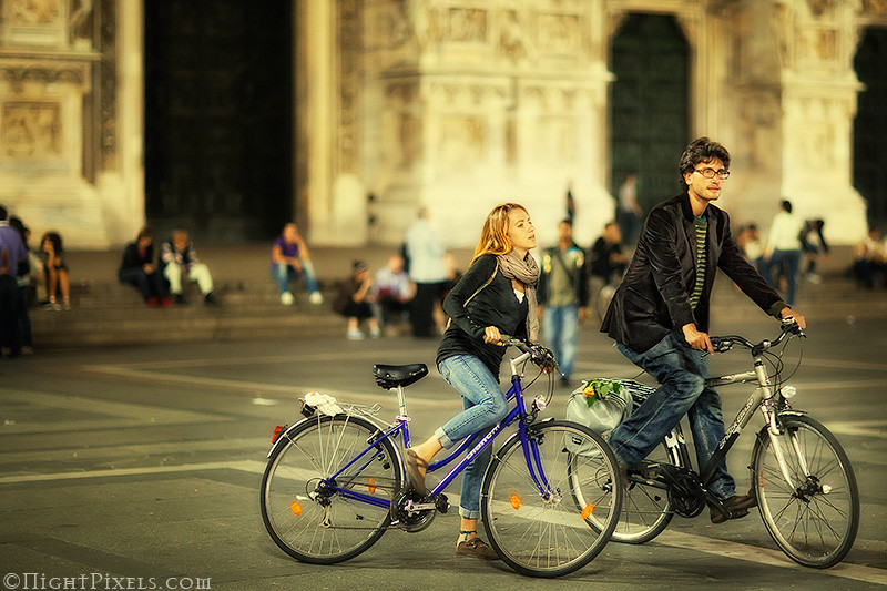 nightpixels - A Date on Their Bicycles