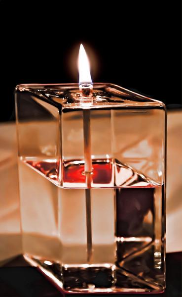 photo-bug - Oil Lamp