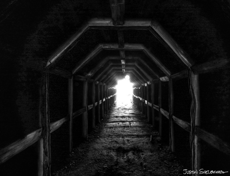 spelbrink - The tunnel to Partington Cove