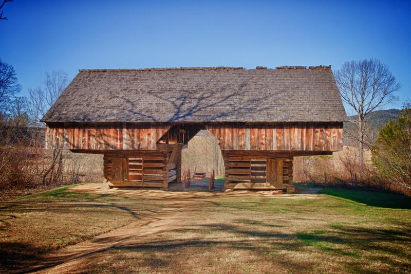 JTSkippy - Cantilever Barn