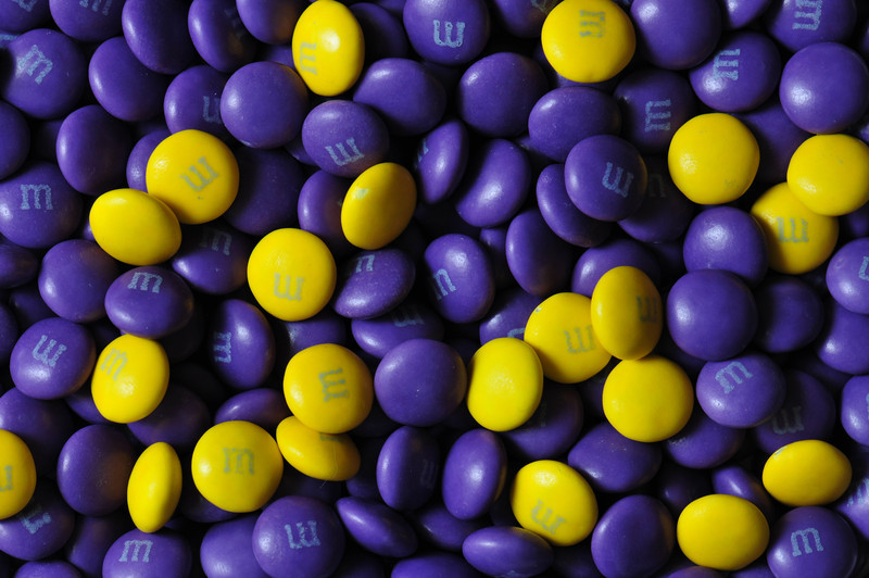 Pat664422 - Yellow and Purple Mmmm's