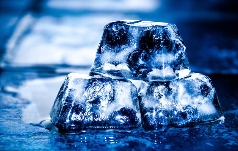 memol - Blueberry Ice Cubes