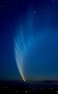 Comet McNaught over Australia, taken by Gus