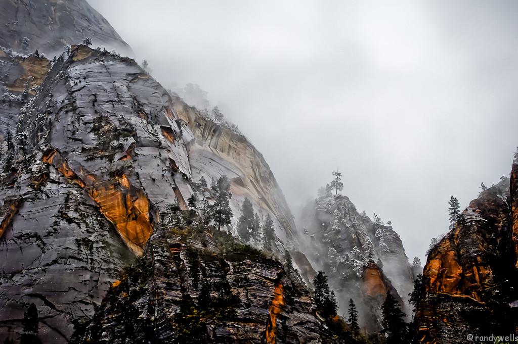 rwells -  Winter settling in - Zion, NP