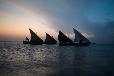 Fishermen sailing in Bay of Bengal