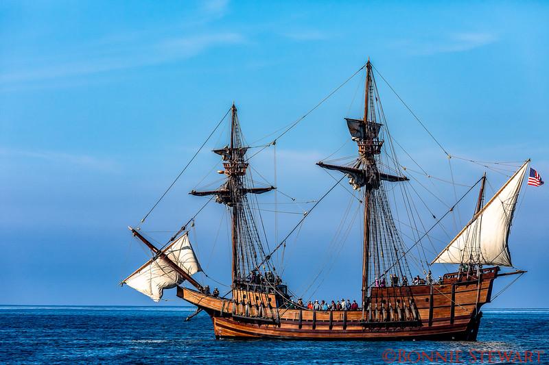 San Salvador with partial sails