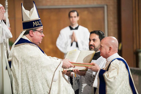Approximately 500 local Catholics came out for the diaconate ordination of Stephen Hauck and John Martin at St. Maria Goretti Parish in Arlington on April 9. (Photo by Juan Guajardo / NTC)