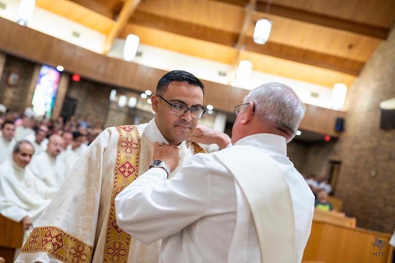 Diaconate ordination of Pedro Martinez
