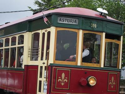 Astoria trolley on the boardwalk