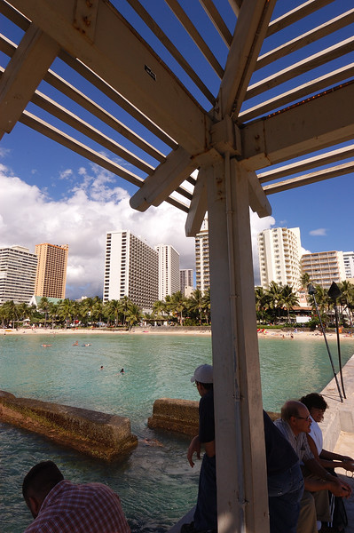 2004.11.22 Honolulu, HI