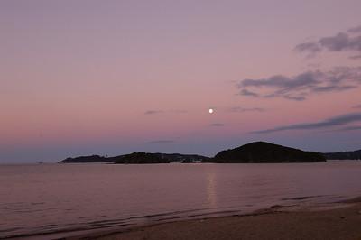 2004-03-05 moonrise, Paihia