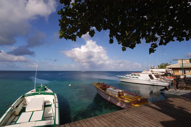 2005.10.17 Huahine, French Polynesia