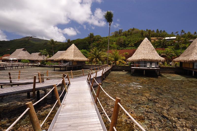 2005.10.19 Raiatea, French Polynesia