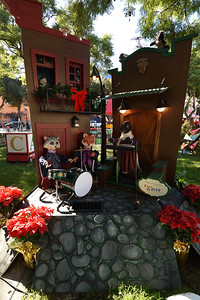 2016-12-29, Christmas in the Park, San Jose, California