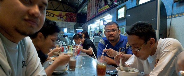 090525 Post Badminton Makan
