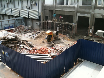 Building the new staff cafeteria at the Faculty of Medicine