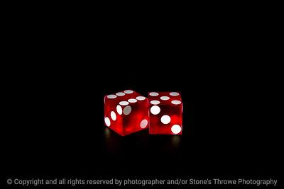 015-dice_11-studio-14dec18-09x06-009-500-3911