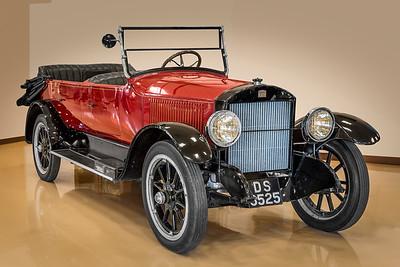 1921 Stanley Steamer Model 735B.