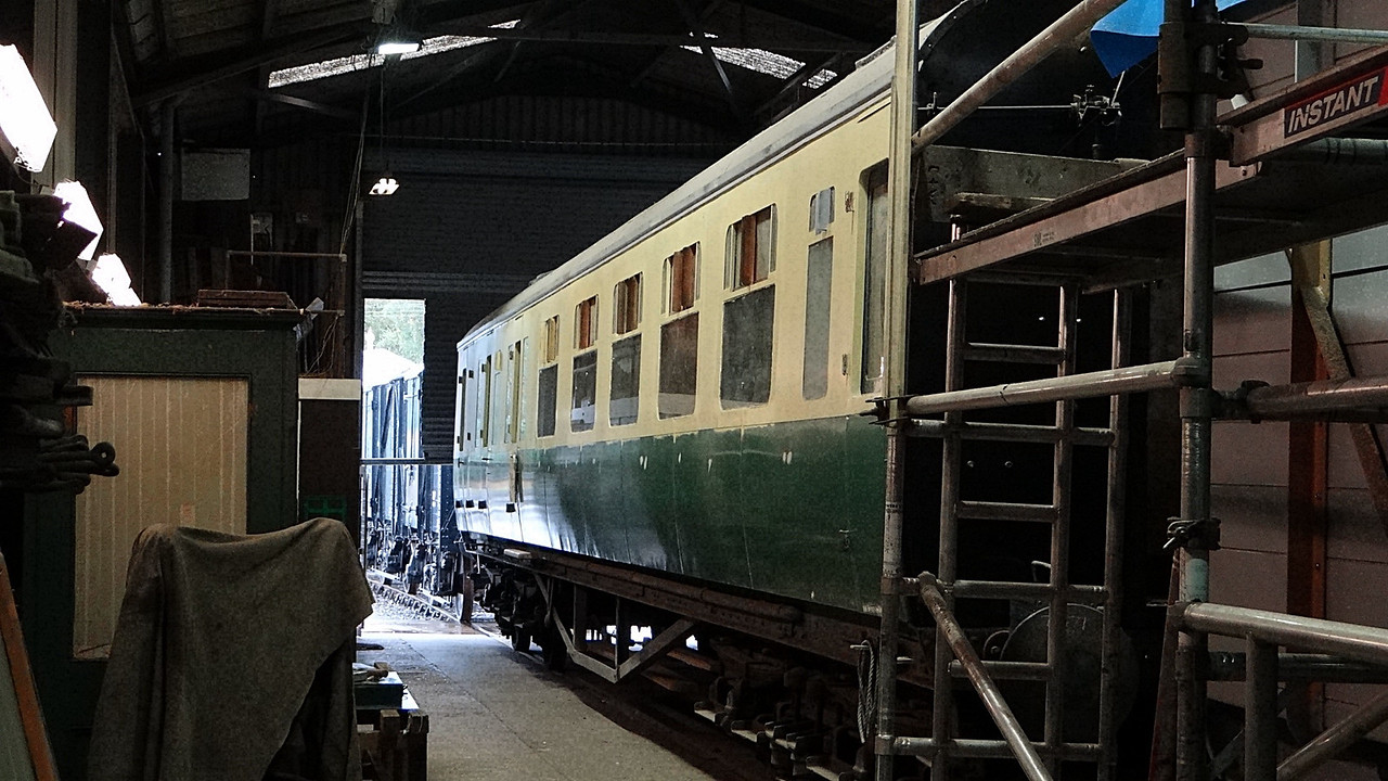 GWR 7371 Collett Brake Corridor Composite. 13,10,2012