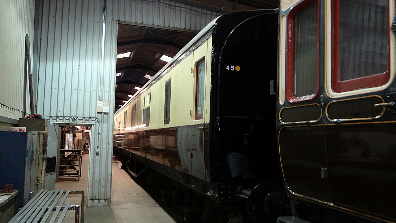 GWR 9083 Hawksworth Sleeper First SLF 13,10,2012