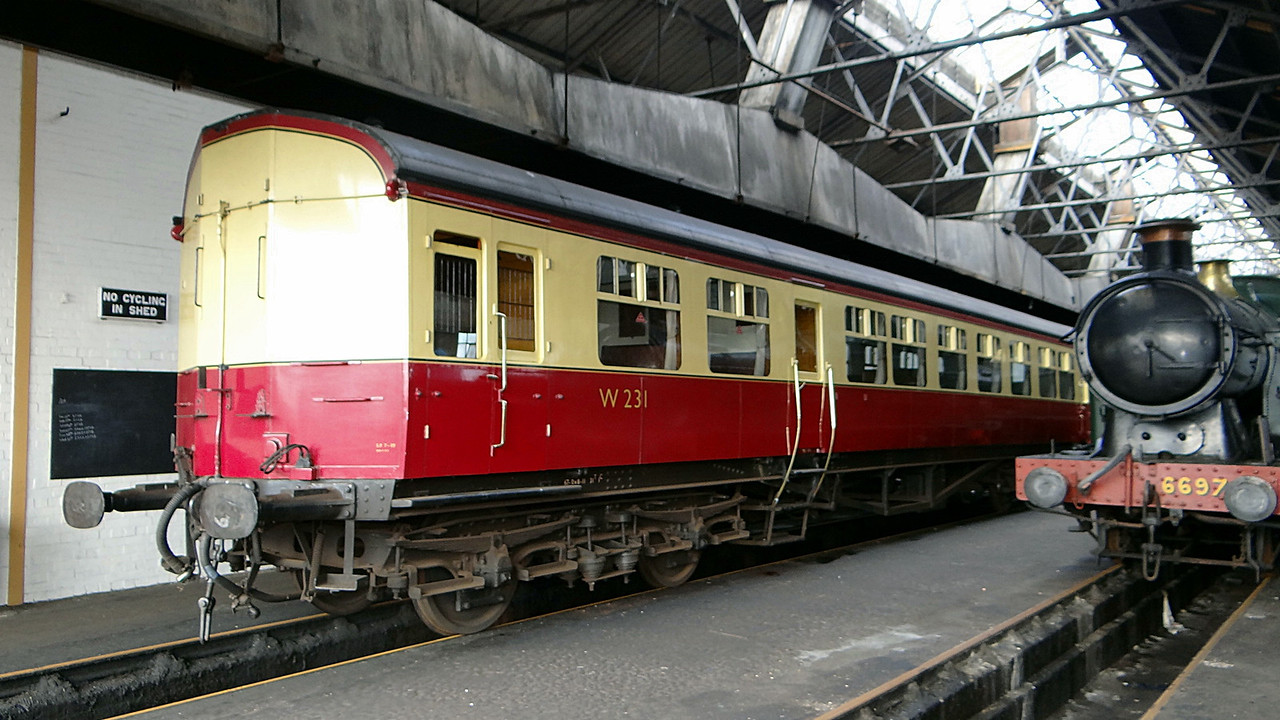 GWR 231 Auto Coach Bow Ended. 13,10,2012