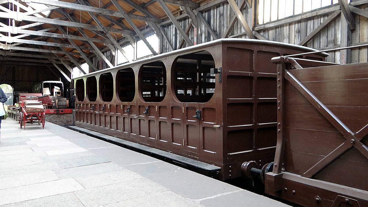 GWR No No. Gooch Second Enclosed (Replica) Broad Gauge 13,10,2012
