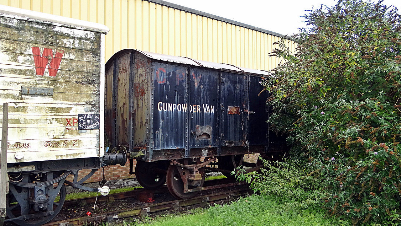 GWR 105781 Gunpowder Van. 13,10,2012