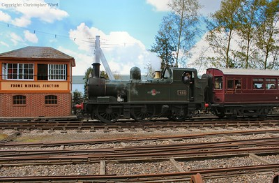 1450 passes the signalbox on the branch line
