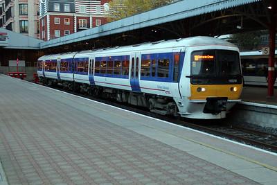 165018 sits at Marylebone 18/10/12.