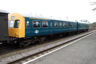 Class 101 DMU E51213_E56358   31/03/12.