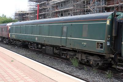 Chiltern Railways Sandite DMU 960301/977987 at Aylesbury Station Sidings 14/08/11.