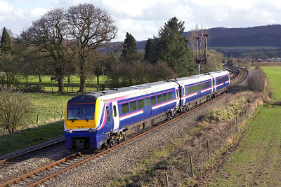 175116 is pictured at Craven Arms on 13/04/2006 whilst forming 1W85 1310 Milford Haven-Crewe.