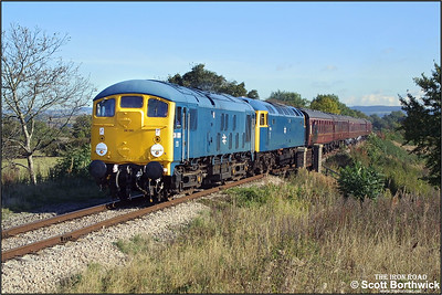 24081 pilots 47105 at Dixton working the 1225 Toddington-Gotherington service on 19/10/2002.