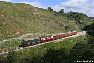 D5061 rolls down the bank at Thomason Foss whilst working 2G10 1400 Pickering-Grosmont on 14/09/2012.