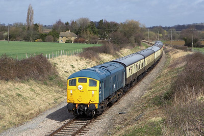 24081 powers the 1240 Toddington-Cheltenham Racecourse service at Hailes on 02/04/2006.