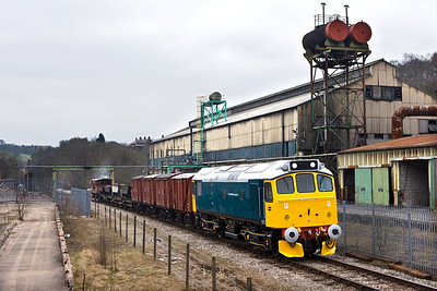 25322 'Tamworth Castle' passes the Thomas Bolton Copperworks at Froghall with a mixed freight on 19/04/2008.